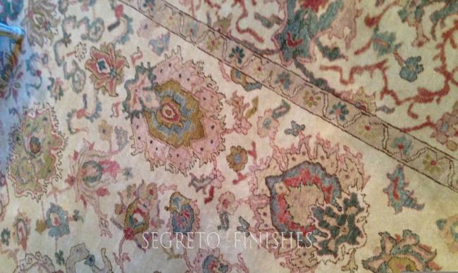 Matt Camron living room rug with pink tones