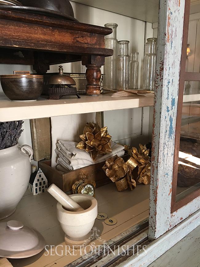 Segreto - Accessorizing Cabinets