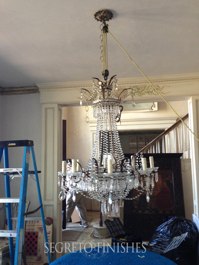 Chandelier in My Dining Room Makeover - Leslie Sinclair Segreto Finishes