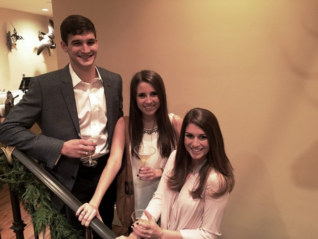 Christmas Decor! Grouping Sentimental Elements to Create a Spectacular Display!