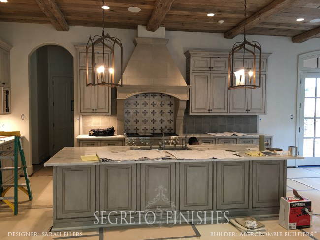 Segreto Secrets - Home Tours All Day Long - Cabinet and range hood