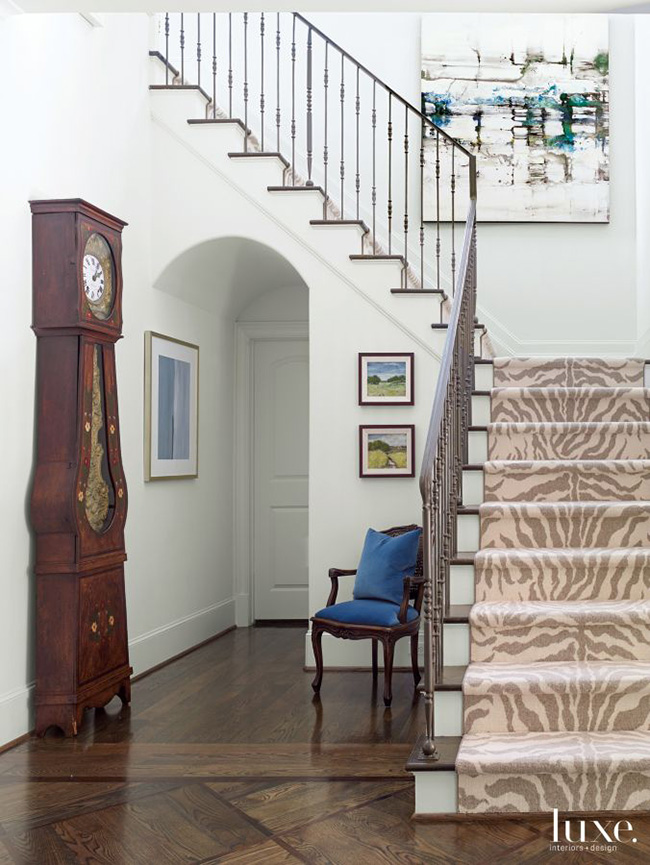 A Transitional Home - Entry Hall
