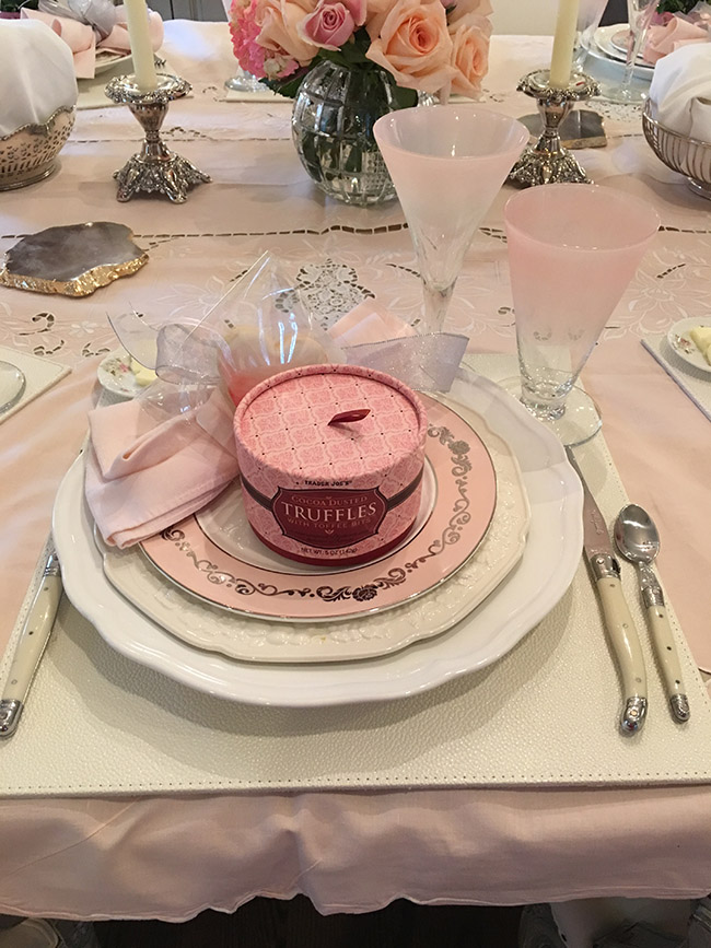 Segreto Secrets - My Valentine's Day Table Setting - Blush Pink Theme