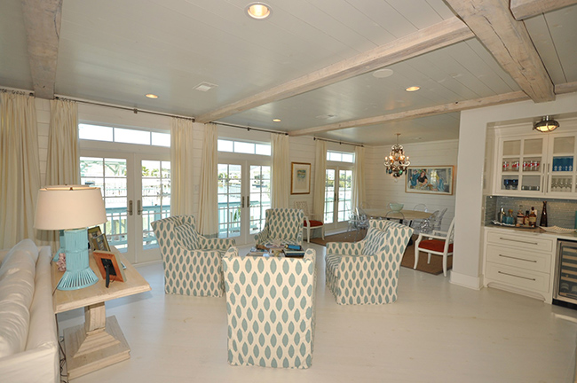 Segreto Secrets - Galveston Beach House - Open Concept with Aqua Beach Chairs
