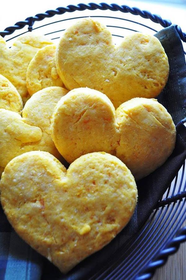 Segreto Secrets - My Valentine's Day Table Setting - Heart-Shaped Sweet Potato Biscuits