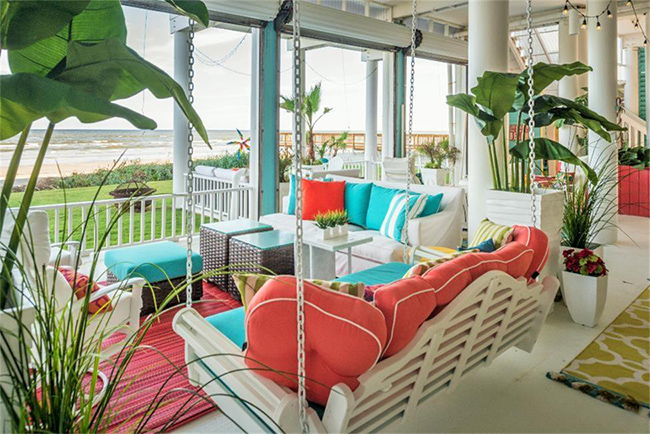 Segreto Secrets - Galveston Beach House - Beachfront Patio