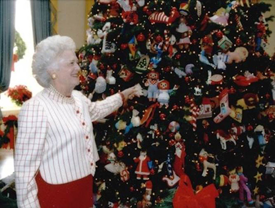 Segreto Secrets - Sentimental Christmas Groupings - Barbara Bush Needlepoint Tree