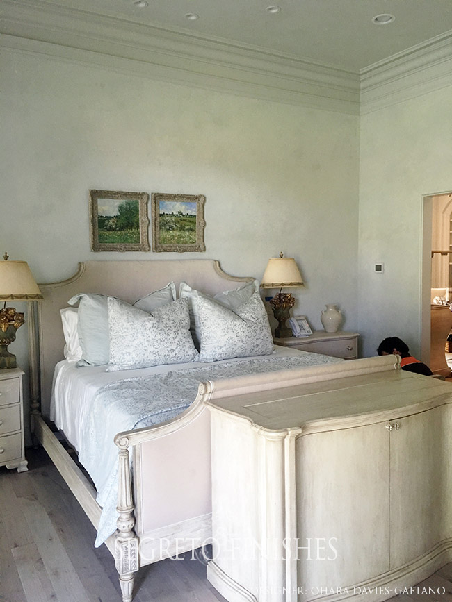 Segreto Secrets - Plastered Bedroom by Ohara Davies-Gaetano