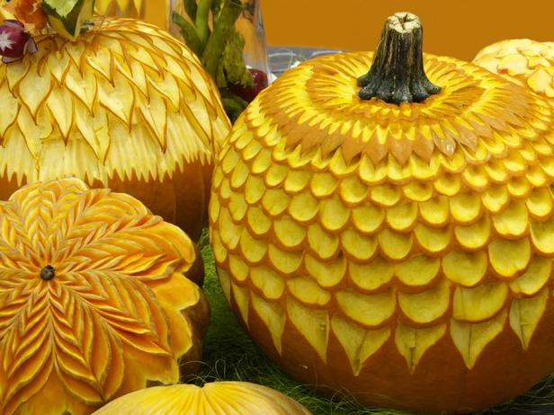 istock-4397248_decorated-detailed-pumpkin-carvings_s4x3_lg