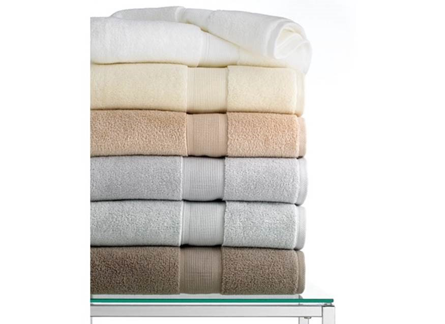 Luxury Quality Bath Towels how to pick the most luxurious towels on a budget!! • segreto secrets