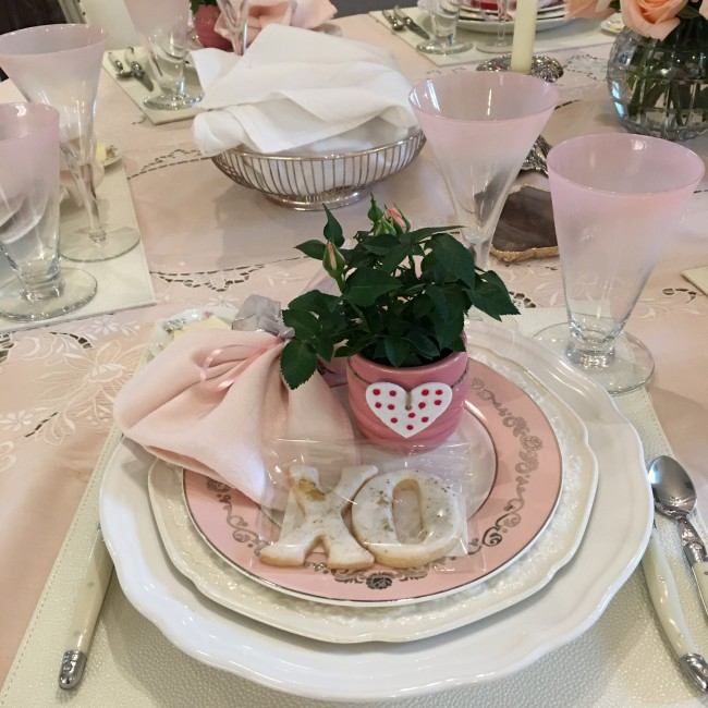 Valentine's Table Settings! -Segreto Secrets Blog!