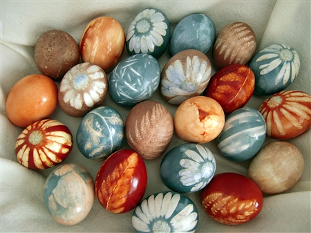 Segreto Secrets - Easter Egg Decorating and Dyeing Ideas