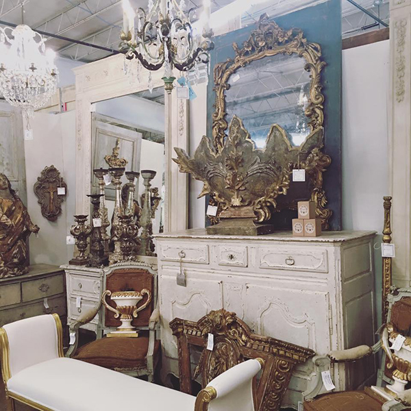 Renouveau Antiques at DASH - Segreto Secrets