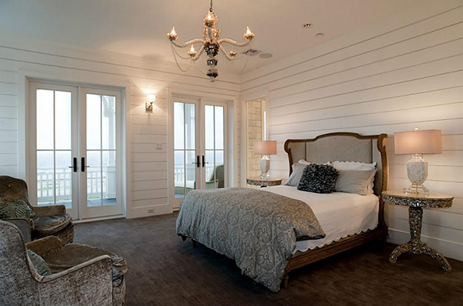 Segreto Secrets - Galveston Beach House - Master Bedroom with Velvet