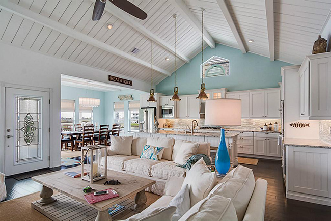 Segreto Secrets - Galveston Beach House - Open Concept