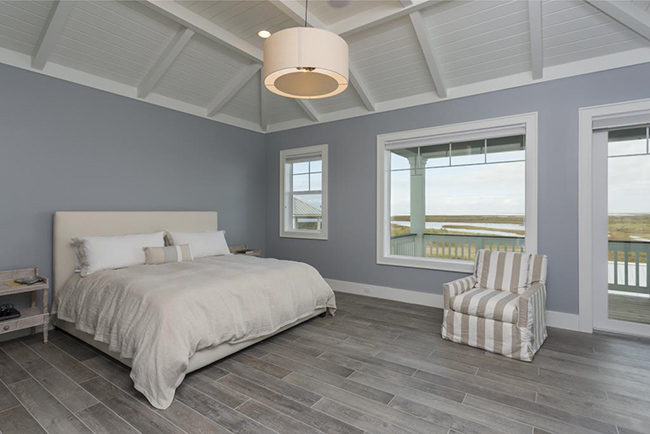 Segreto Secrets - Galveston Beach House -Bedroom with Bay View and Porcelain Wood Tiles