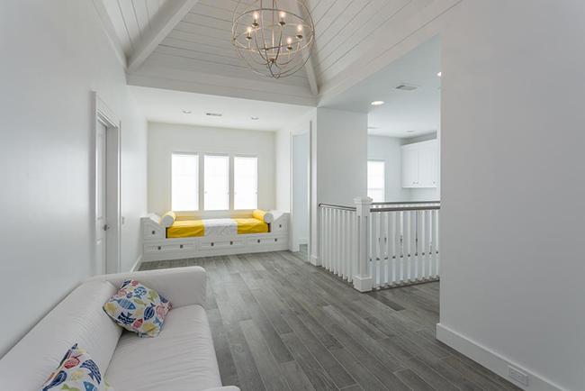 Segreto Secrets - Galveston Beach House - Extra Sleeping in Hallway Nook