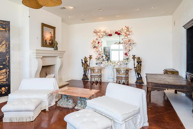 Segreto Secrets - Galveston Beach House - Italianate Ornate Style Shell Mirror