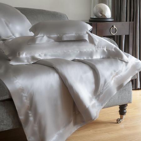 silver-grey-silk-duvet-cover-super-k