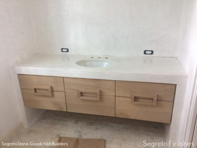 Segreto Stone sink. Segreto Finishes. Come see more interior design inspiration with Exquisite Plaster Walls, Finishes and Segreto Stone.#plaster #walls #finishes #segreto #interiordesigninspiration